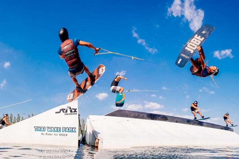Thai wake park Lumlukka - alt_image_gallery