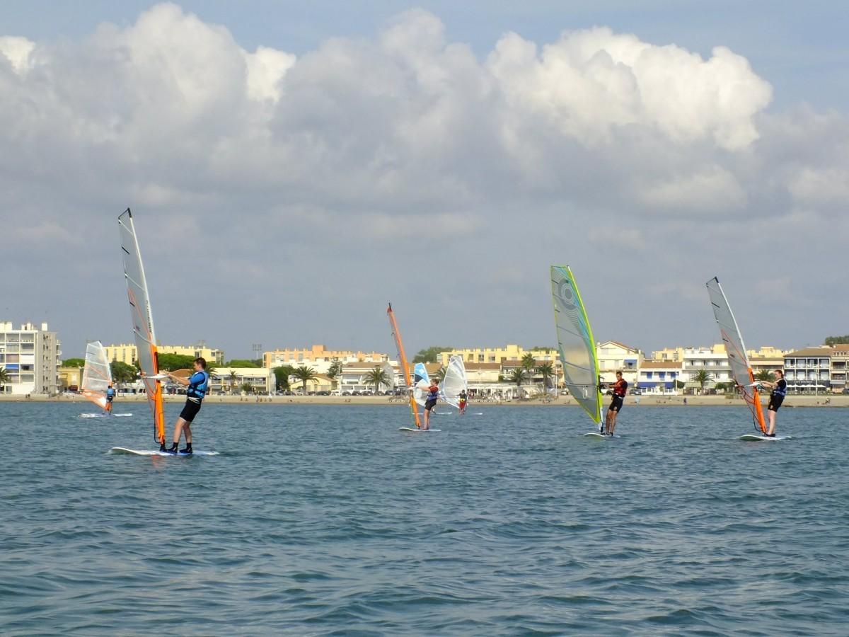 Centre Ucpa Port Camargue A Le Grau Du Roi Sports Nautiques