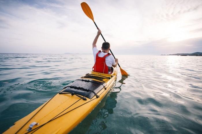 Canoe kayak differencies