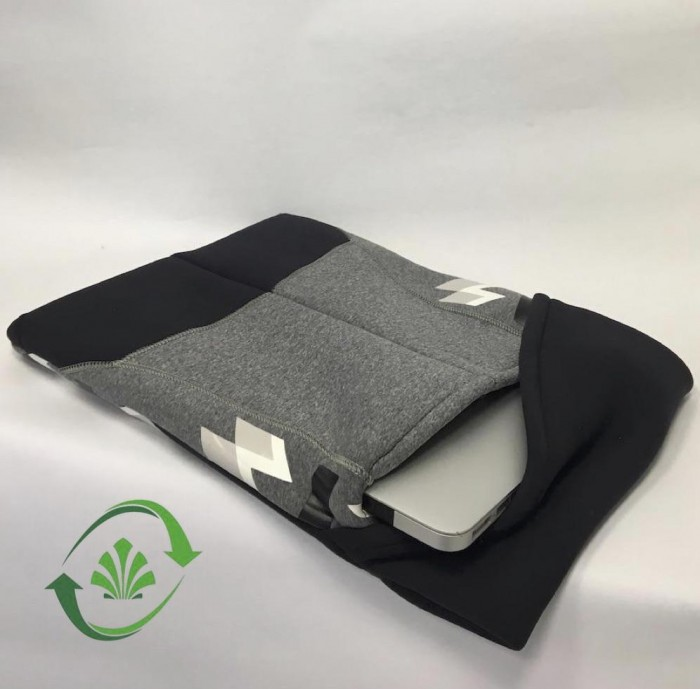 RECYCLED NEOPRENE COMPUTER COVER - Alt image