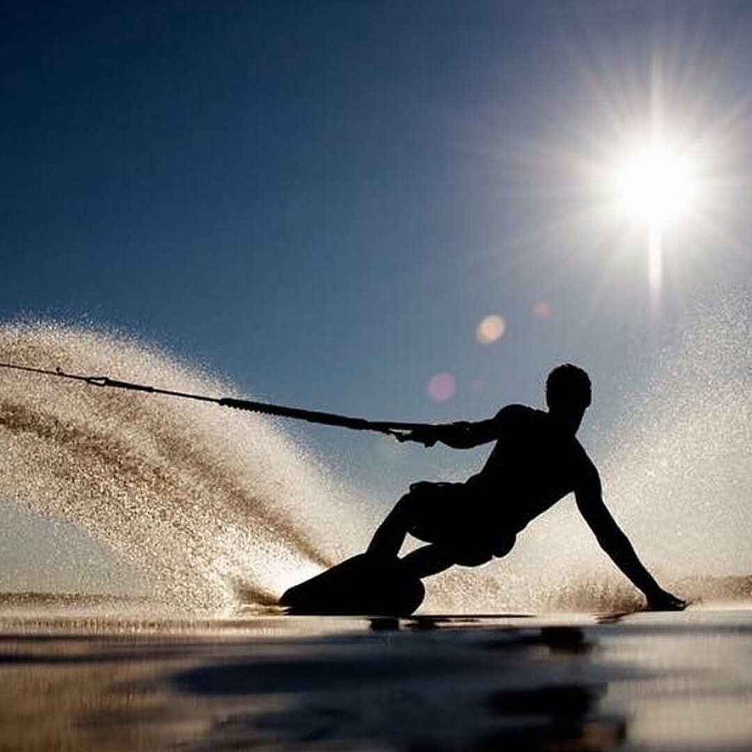 Fédération Française de Ski Nautique & de Wakeboard - Alt image