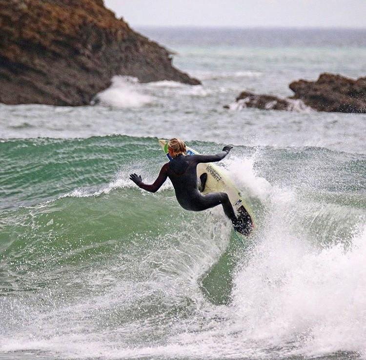 INTERVIEW ⎮ Rencontrez Emmanuelle, surfeuse & championne
