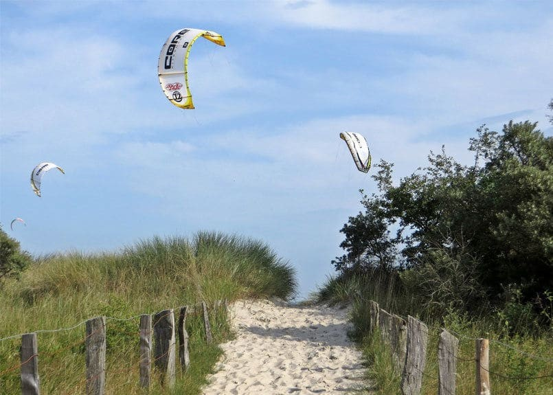 Top 5 destinations for Kitesurfing lovers