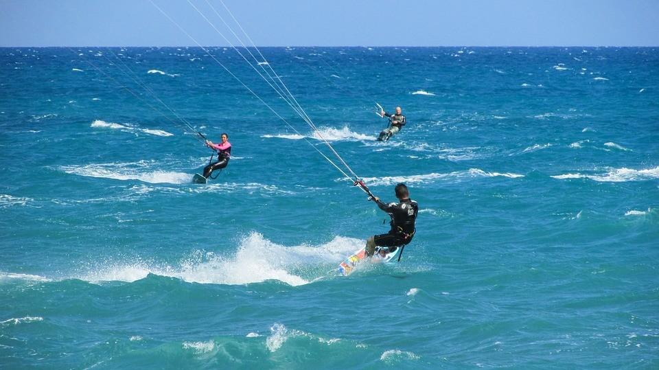 Kitesurf session in sea