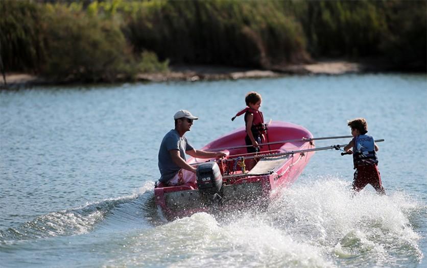Ski nautique pour enfant
