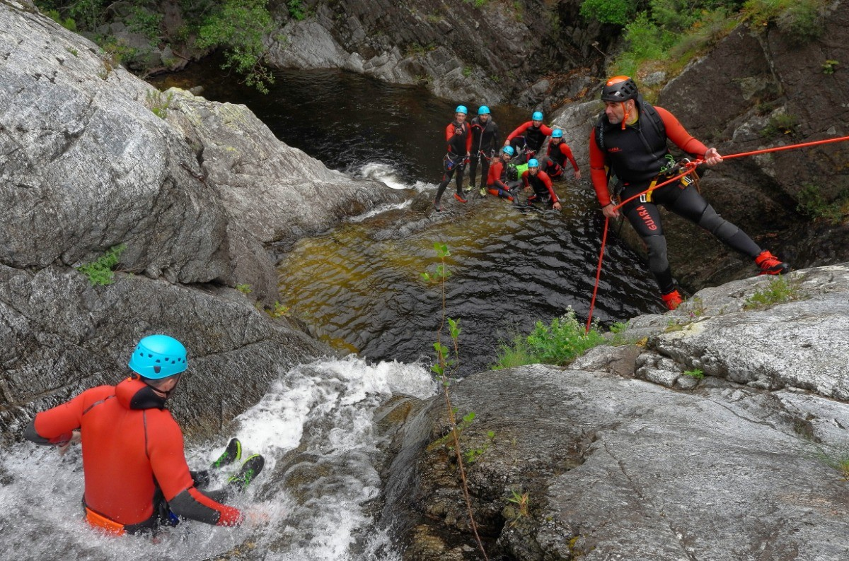 Cours collectif canyoning
