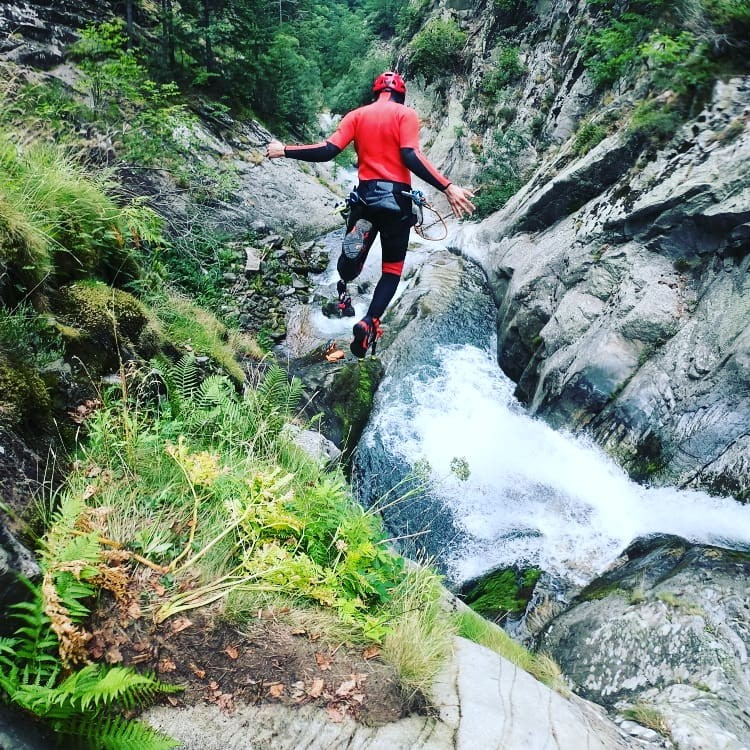 Canyoning, jump in the water