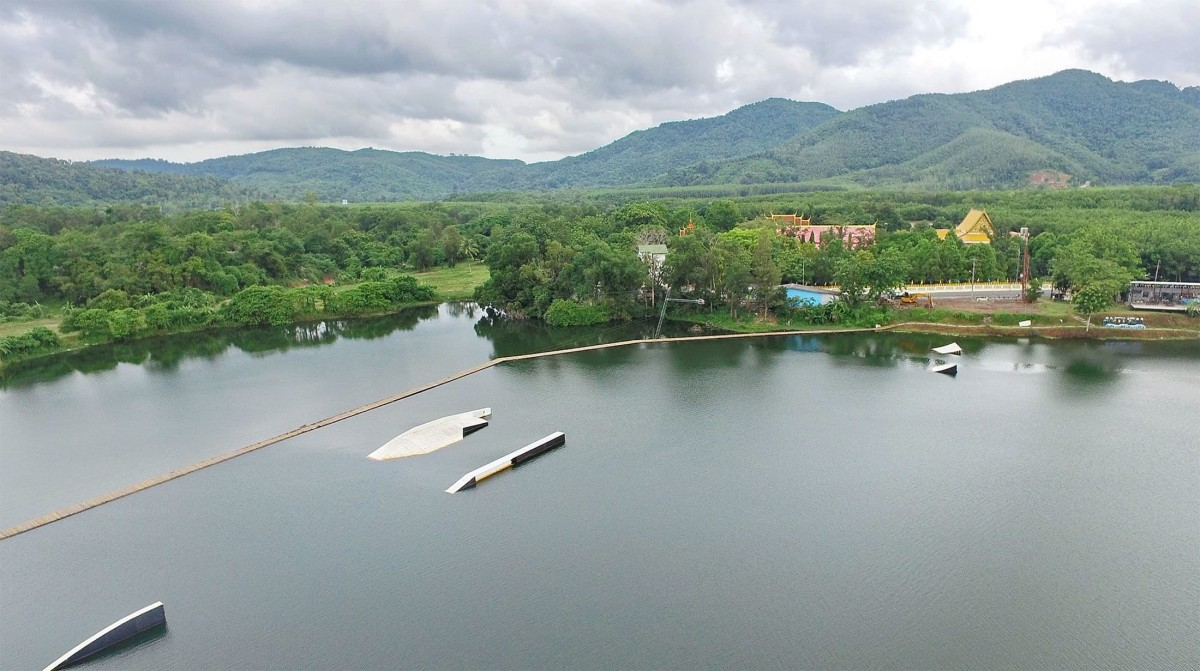 Wakeboard in Thailand