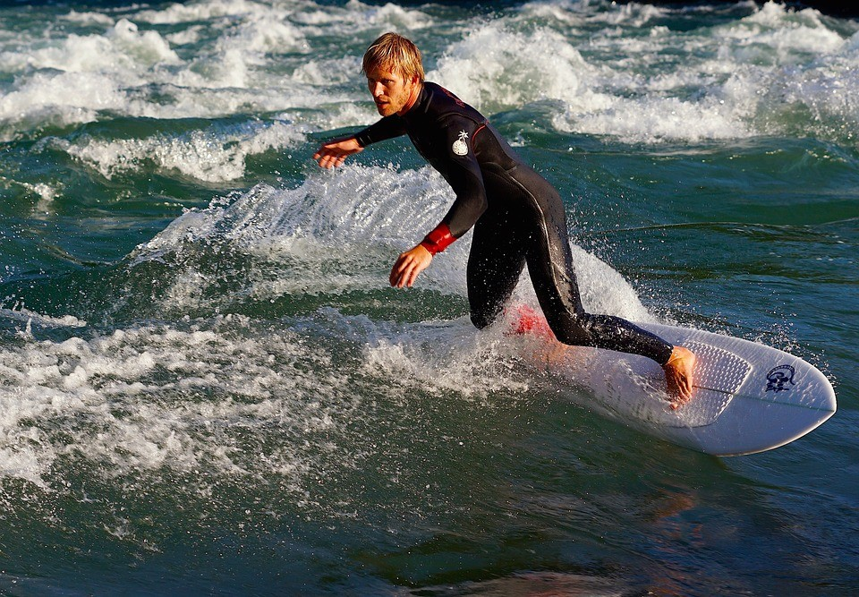 Surf session in ocean